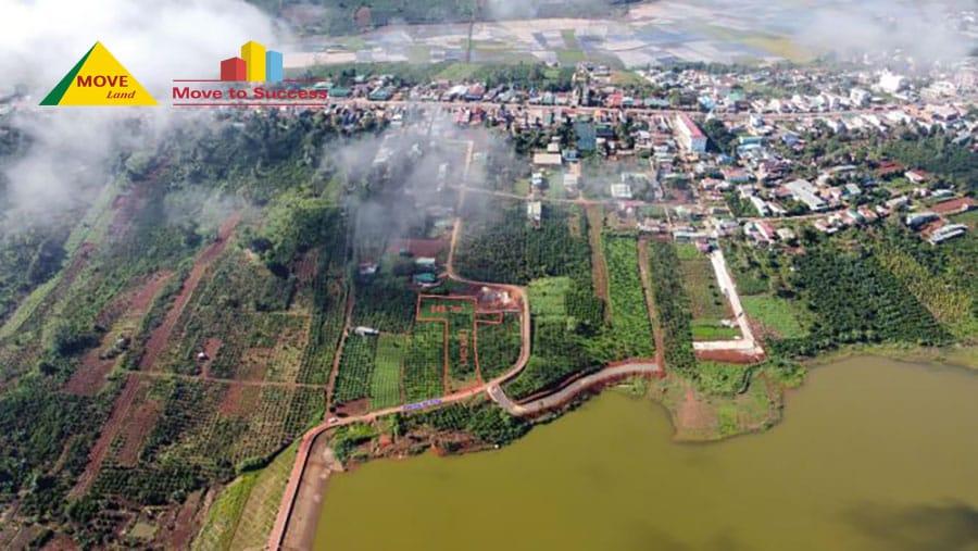 Huyện Di Linh nằm trên cao nguyên Di Linh